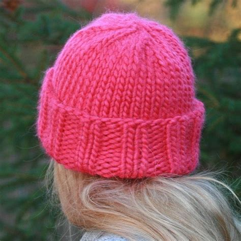 free knitting patterns for chunky wool hats pink hat free pattern this one chunky yarn