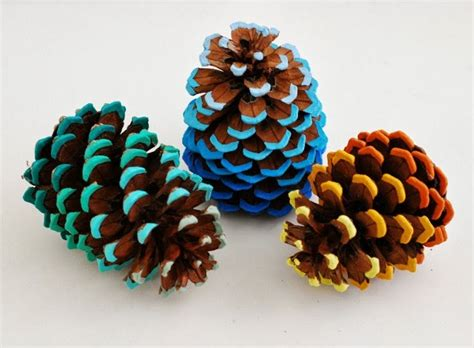 cool crafts 10 cool crafts to create with nature this fall cottage