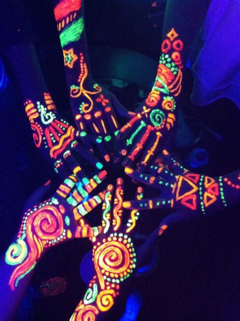glow in the paint friend