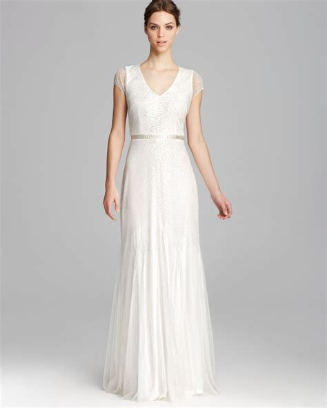 Papell Gown Cap Sleeve V Neck Beaded In White