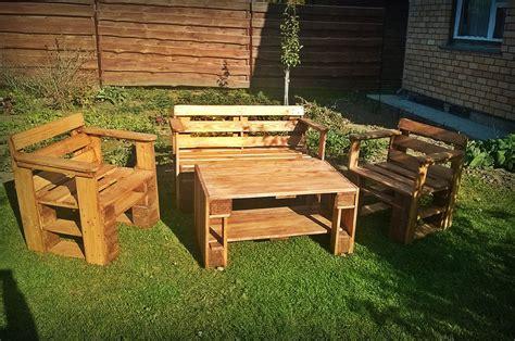 garden outdoor furniture pallet patio furniture diy and crafts