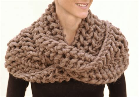 chunky knit scarf pattern knit 1 la save the date knit 1 la trunk show