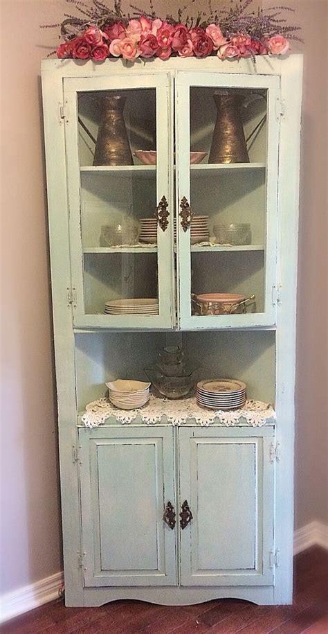 white corner cabinets for kitchen best 25 corner cabinets ideas on corner