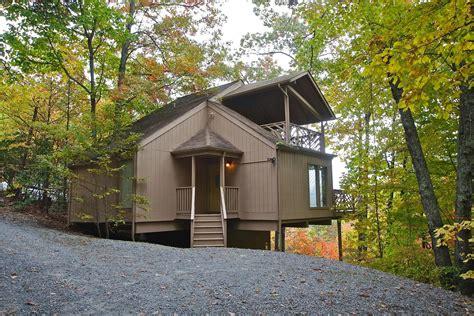 gatlinburg 2 bedroom cabins 2 bedroom cabins in gatlinburg 28 images tranquil