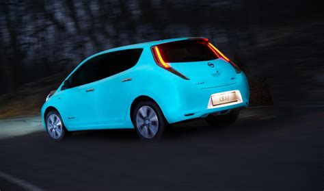 glow in the paint for cars nissan is manufacturer to apply glow in the car