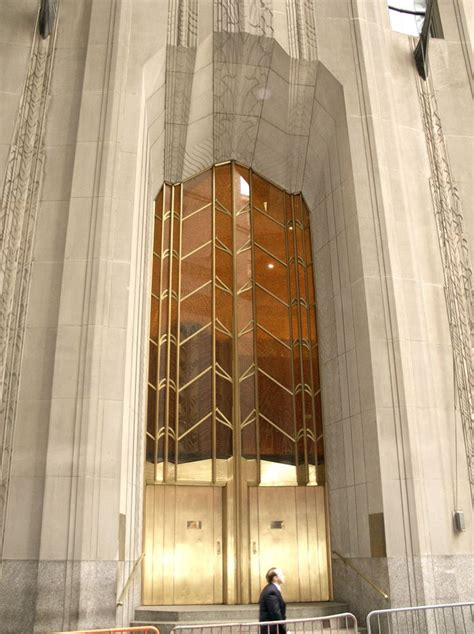 deco 1 wall in new york architecture