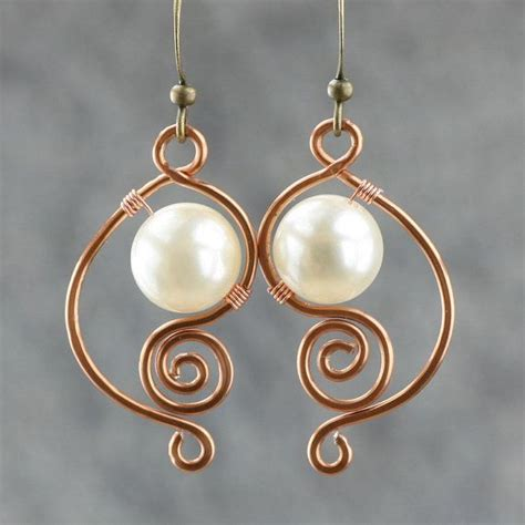 wire jewelry ideas 1000 ideas about copper wire jewelry on wire