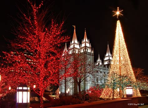 lights at temple square some dude with a temple square lights 2011