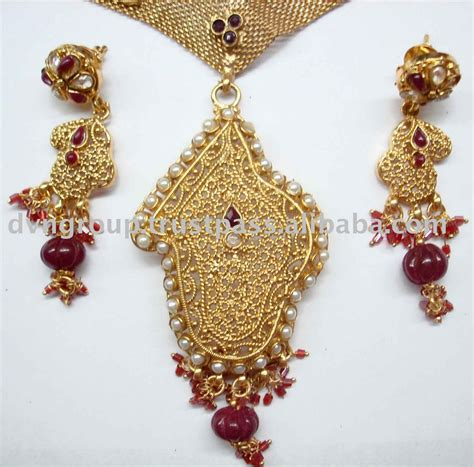 how to make indian jewelry posted bycheeky at 15 47
