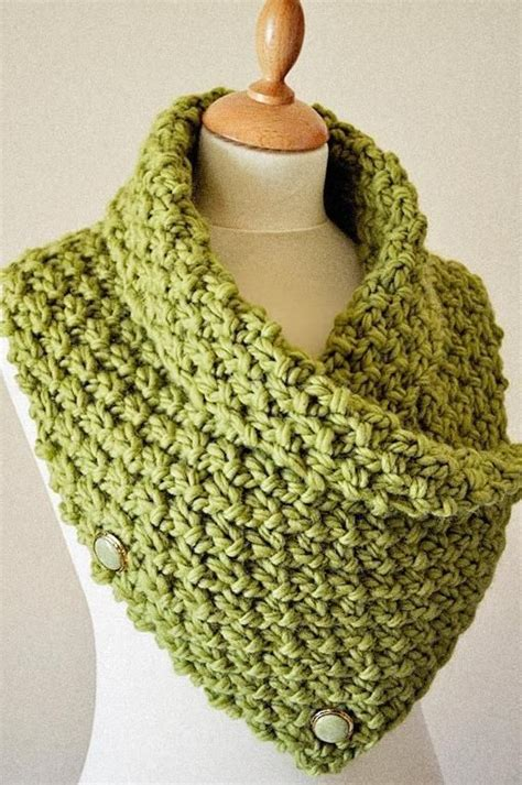 chunky yarn knitting patterns the 25 best ideas about chunky knit scarves on