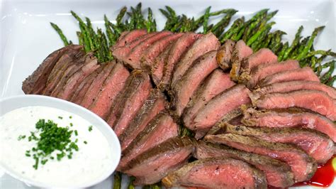 6 oz sirloin steak olive garden broiled steak and asparagus with feta sauce today