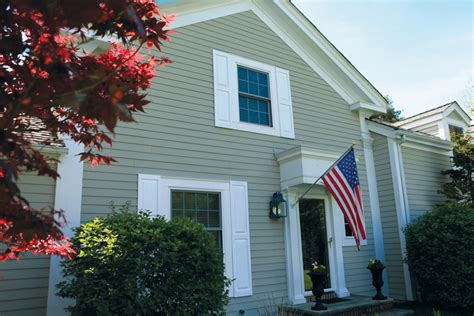 spray paint vinyl shutters spray painting shutters how to paint shutters on a house