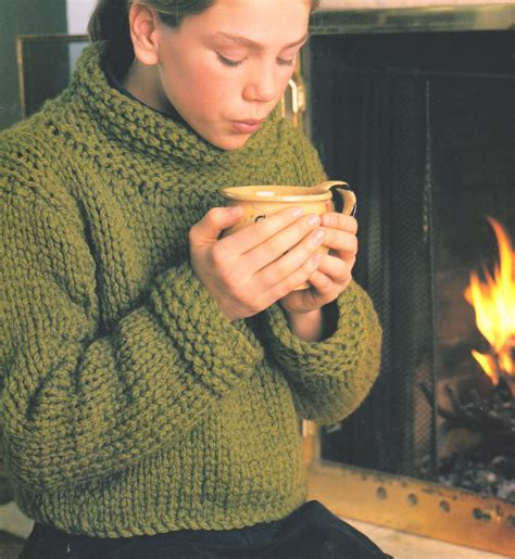 knitting patterns for larger easy beginner sweater bulky wool big needles 32
