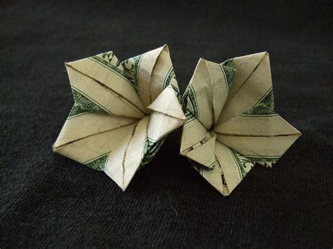 dollar folding origami 25 best ideas about money origami on folding