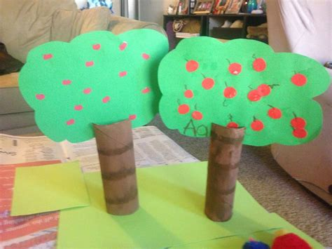 construction paper crafts for 2 year olds pin by price on bumblebees