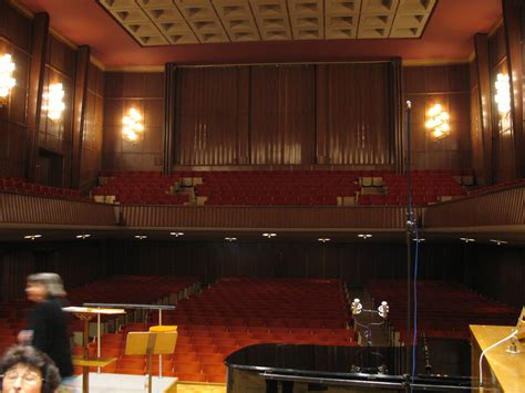 file salle de musique la chaux de fonds switzerland jpg wikimedia commons