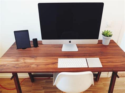 mac computer desk mac setup the beautiful home desk of a officer