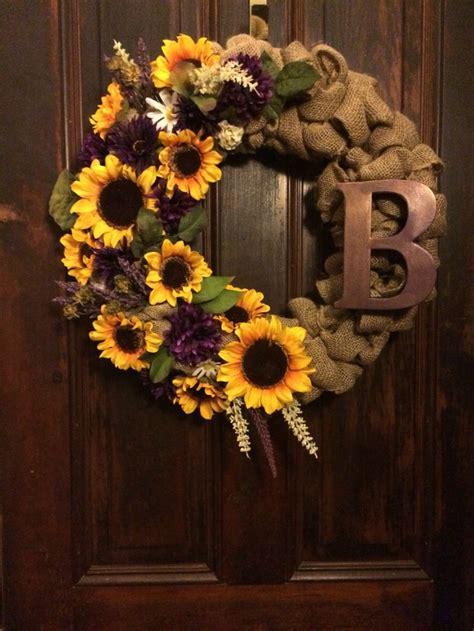 door reefs circle pumpkin wreath