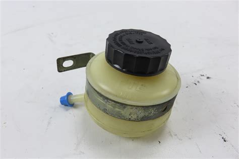 Mercedes Brake Fluid by 02 Mercedes W463 G500 Brake Fluid Tank Reservoir