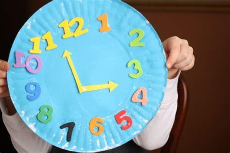paper plate clock craft paper plate clock craft happy hooligans