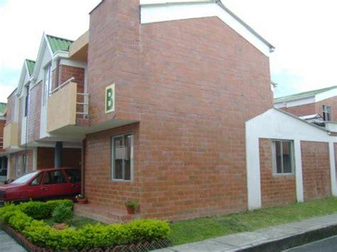 casas mejorada del co esquinera excelente casa mejorada 2 salas marquesina