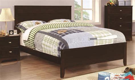 ashton bedroom furniture 400771 ashton bedroom 4pc set in cappuccino by coaster
