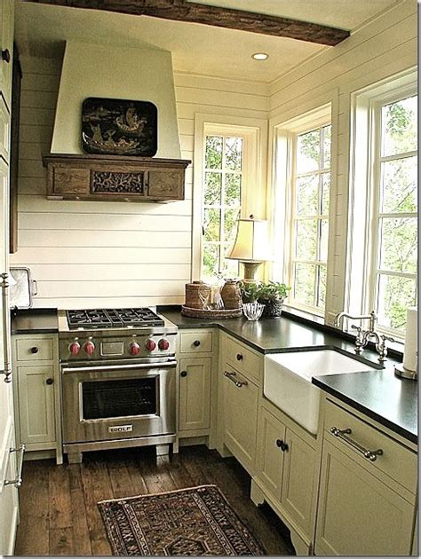 best simple country kitchen ideas for small kitchen with 17 best ideas about small country kitchens on