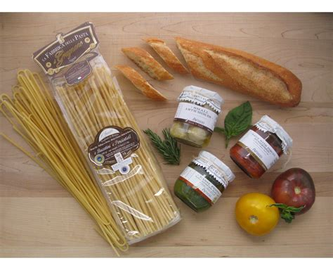 food gifts ideas gourmet food baskets mouthwatering gift ideas sensibus