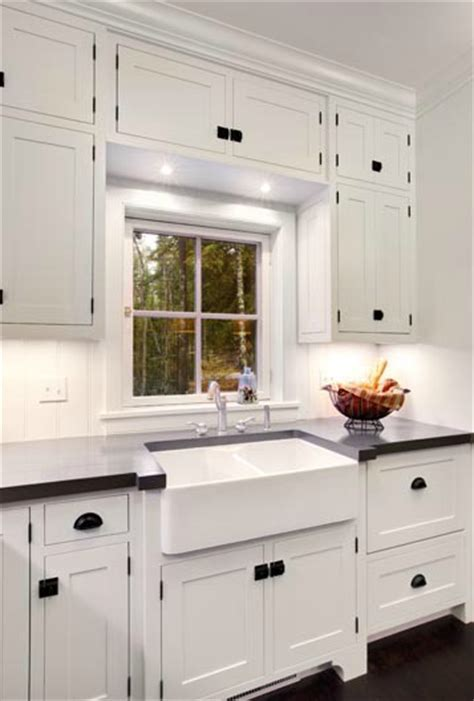 white kitchen cabinet hinges rubbed bronze drawer pulls design ideas