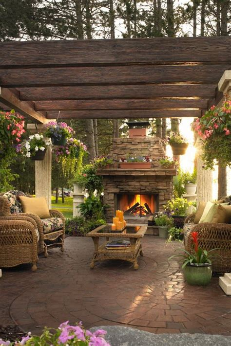 outdoor ideas for backyard best 25 outdoor rooms ideas on