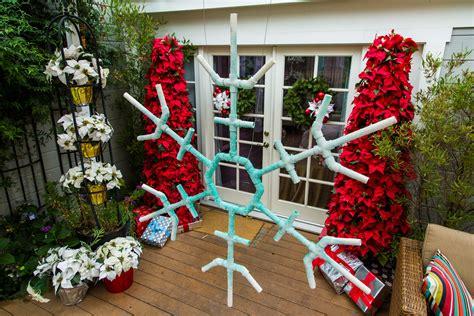 outdoor snowflake decorations ken s diy outdoor snowflakes