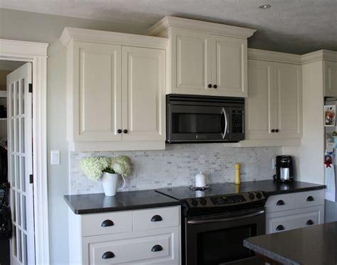 kitchen backsplash white cabinets kitchen backsplash ideas with white cabinets and
