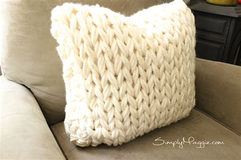 how to knit a pillow big stitch knit pillow pattern simplymaggie