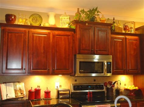 kitchen cabinet decorations decorating above kitchen cabinets tuscan style decolover net