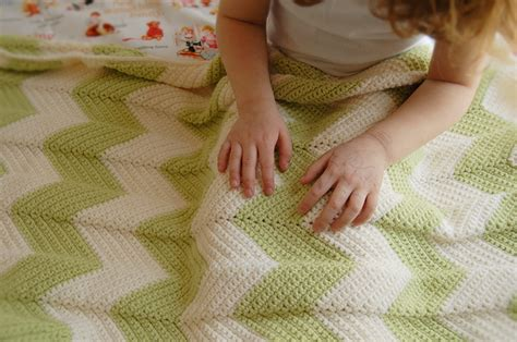 how to finish a knitted blanket 8 diy blankets for baby blissfully domestic