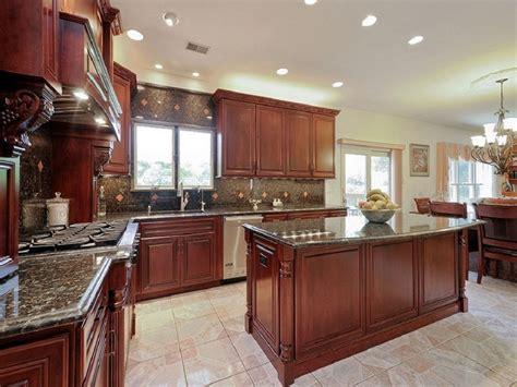 kitchen ideas cherry cabinets 25 cherry wood kitchens cabinet designs ideas designing idea