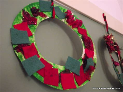 toddler crafts for gifts easy toddler wreaths the empowered educator