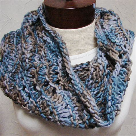 free cowl knitting patterns with bulky yarn pattern knit cowl knit with bulky yarn a