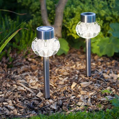solar garden lights best solar lights for garden ideas uk