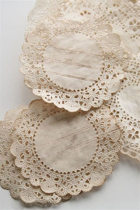 crafts with paper doilies 25 unique coffee staining ideas on coffee