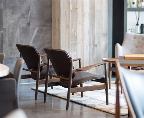 Chair Finn Juhl Onecollection Switzerland