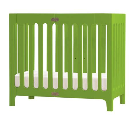 mini cribs for small spaces find the right small crib for your small space