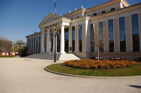 panoramio photo of mairie de laurent du var