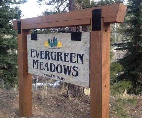 outdoor signs 25 best ideas about outdoor business signs on