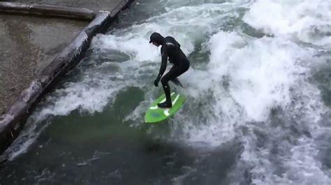 Englischer Garten München Wellenreiten by River Surfing Wellenreiten Im Eisbach Englischer Garten
