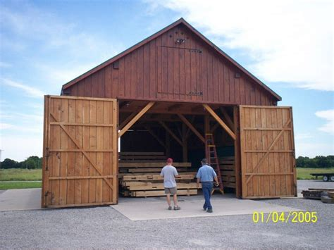 Gambrel Roof Homes midwest custom timber frames horse barn construction