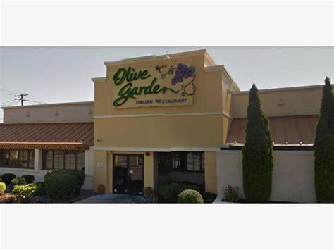 the olive garden new york massapequa olive garden closing for tonight massapequa ny patch