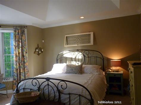 paint colors for shabby chic bedroom shabby chic bedroom debbiedoo s color