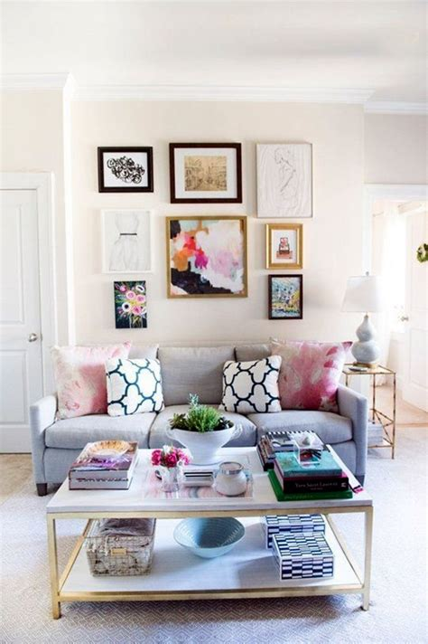 home decorating ideas living room walls 40 simple but fashionable living room wall decoration
