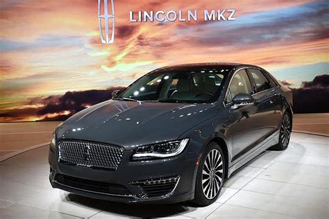 Mkz 400 Hp 2017 lincoln mkz shows new look 400hp turbo v6